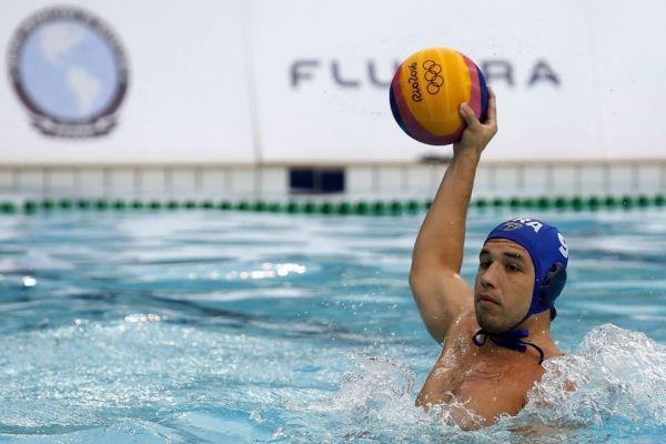 Seleção masculina de polo aquático inicia preparação visando o torneio pré-olímpico