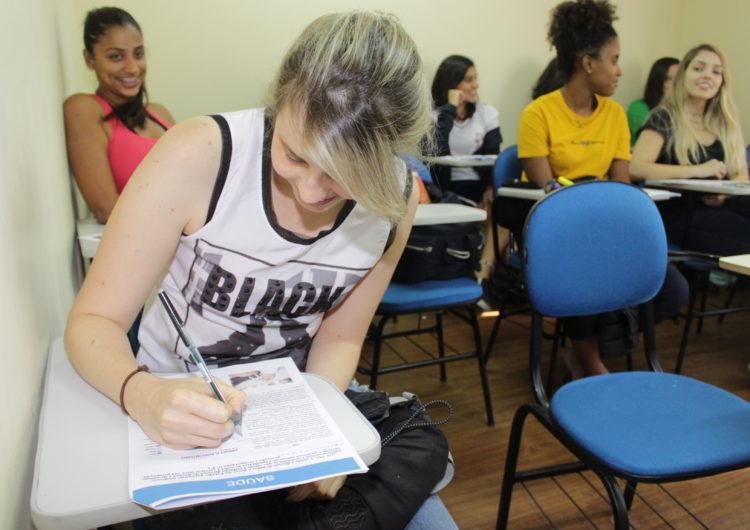 Em busca da nota mil: professores e estudantes falam sobre a expectativa com a prova do Enem