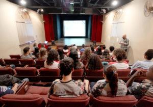 Museu Ferroviário promove exibições gratuitas de filmes