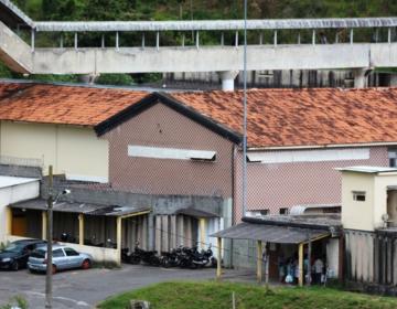 Agente penitenciária é presa por facilitar entrada de materiais proibidos no Ceresp