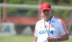 Abel Braga terá duas partidas para definir titulares antes da Libertadores
