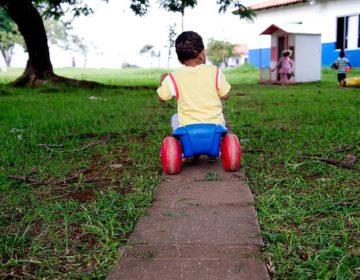 Acolhimento de crianças afastadas da família pode ter novas regras