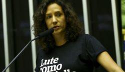 Câmara homenageia mulheres que se destacaram na luta por direitos