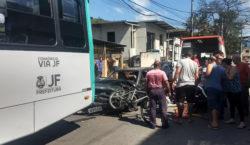 Acidente no bairro Santa Cruz deixa quatro feridos