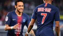 Neymar volta a jogar e PSG é campeão Francês