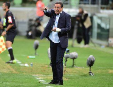 Vanderlei Luxemburgo é apresentado ao vasco e exalta retorno ao futebol