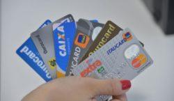 Clientes de baixa renda são os que mais reestruturam dívidas…