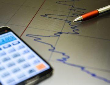 Mercado reduz estimativa de crescimento da economia para 0,81%, diz BC