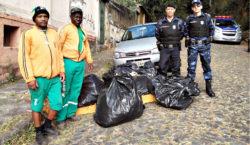 Guarda Municipal e Demlurb realizam ação de limpeza em trilha…