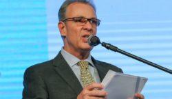 Retomada do crescimento virá com aprovação de reformas, diz ministro