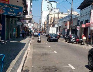 14 veículos são autuados pela Settra durante operação na rua Batista de Oliveira