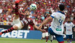 Flamengo derrota Fortaleza de virada