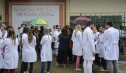 Deputados podem votar MP que cria o programa Médicos pelo…