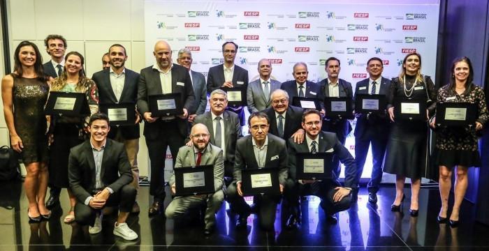 Paulo Wanderley participa do Prêmio Empresário Amigo do Esporte, que homenageia apoiadores de projetos da Lei de Incentivo ao Esporte