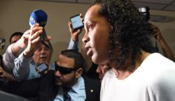 Juiz concede prisão domiciliar para Ronaldinho Gaúcho