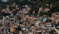 Covid-19: 75% dos moradores de favelas não procuram atendimento médico