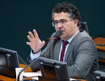 Projeto assegura participação do Brasil em ações internacionais por vacinas contra Covid-19