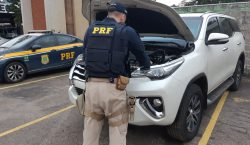 Veículo clonado é encontrado abandonado pela PRF e PM no…