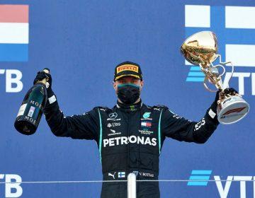 Valtteri Bottas aproveita punição de Lewis Hamilton e vence na Rússia