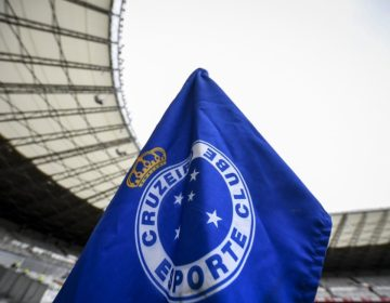 Cruzeiro entra com recurso e consegue suspender punição da FIFA