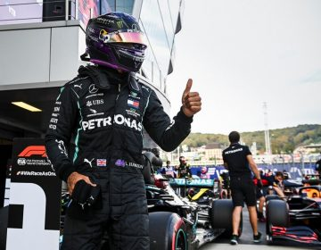 Rumo ao recorde de Schumacher, Lewis Hamilton faz a pole em Sochi