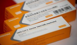 Brasil anuncia que vai comprar 46 milhões de doses da…