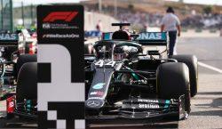No retorno da F1 a Portugal, Lewis Hamilton faz mais…