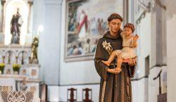Celebrações religiosas presenciais são vetadas até dia 15 de dezembro
