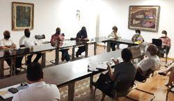 Mesa de diálogo e mediação de conflitos se reúne com…