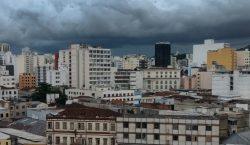 Procon alerta consumidores sobre direitos em épocas de tempestades