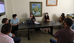Secretária de Saúde recebe membros da Comissão de Saúde Pública…