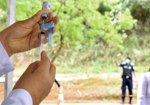 PJF mantém cronograma de vacinação durante Faixa Roxa