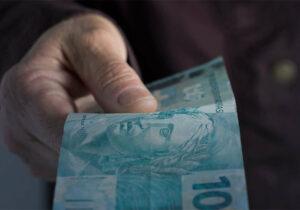 Inflação da terceira idade sobre 1,54% no primeiro trimestre e acumula alta de 6,20% em 12 meses
