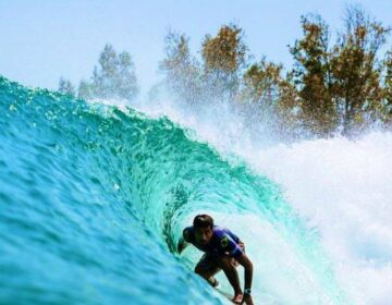 Filipe Toledo supera Gabriel Medina na final e fica com o título do Surf Ranch Pro