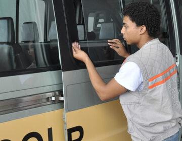 Vans escolares devem renovar sua permissão junto à SMU para retornarem às atividades